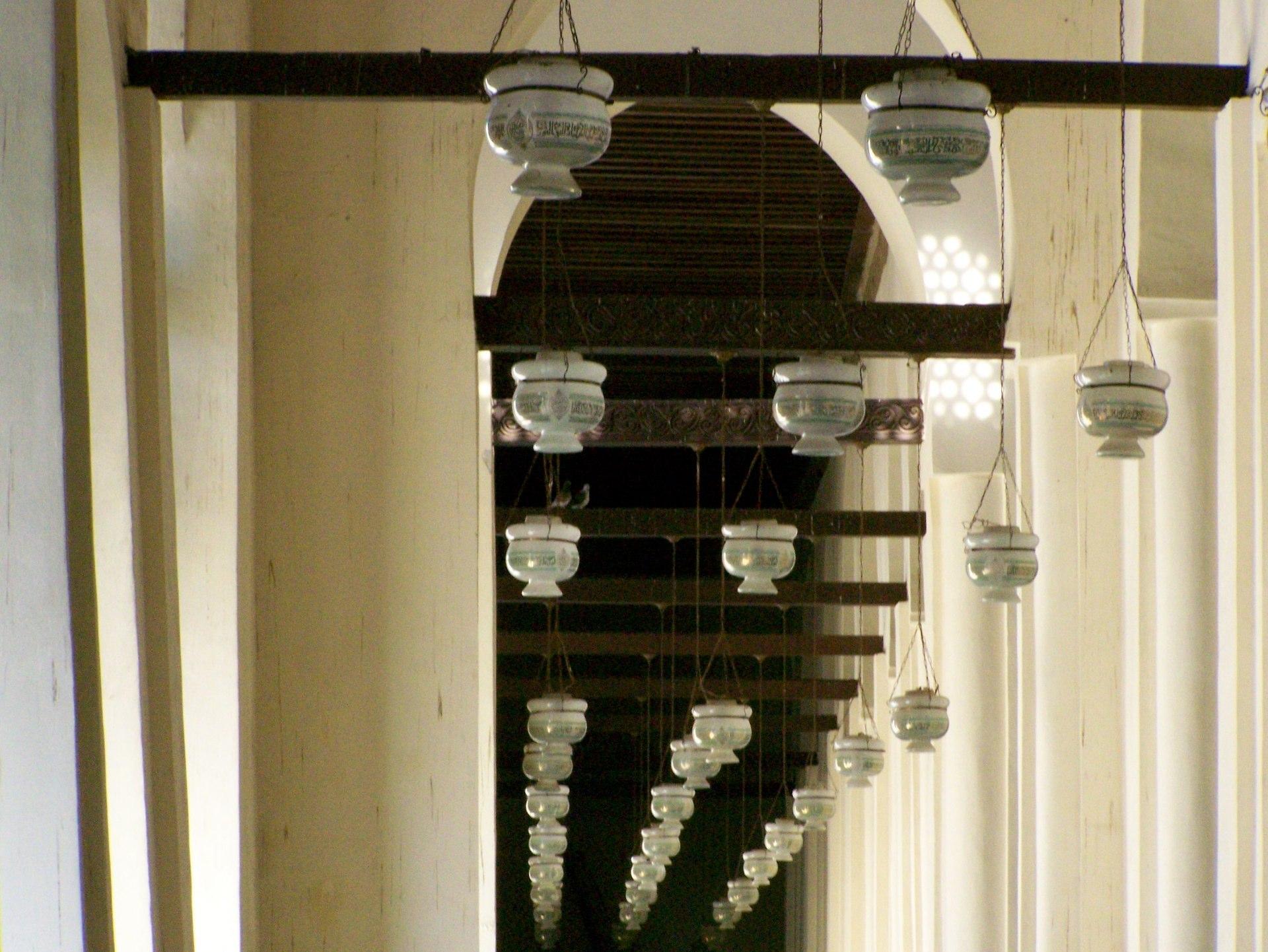Kairo Moschee Lampen-Gang